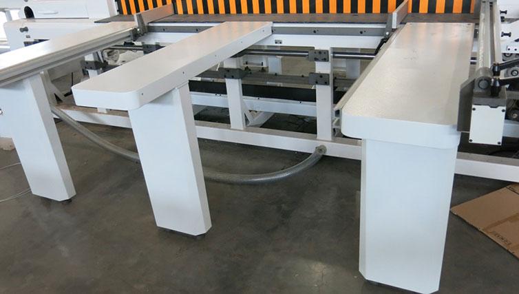 приемные столы